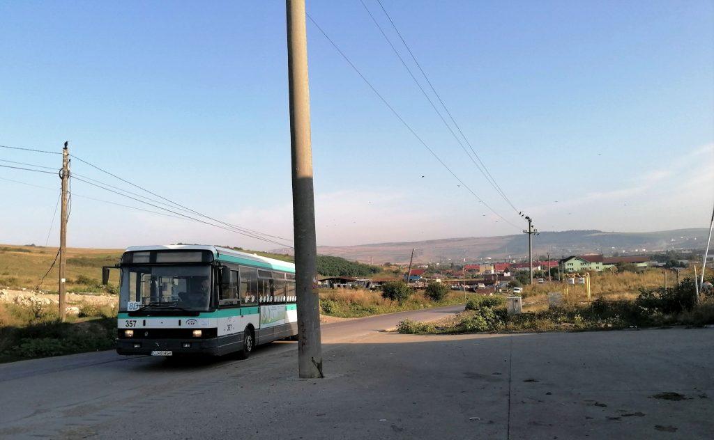 Prima cursă de autobuz sosește în Pata Rât, luni, 23 august 2021 / Foto: Bogdan Stanciu